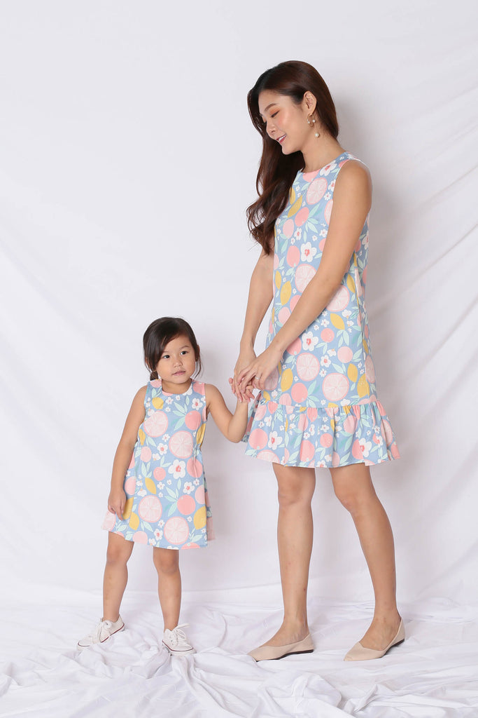 *LITTLE TOPAZETTE* PASTEL GRAPEFRUIT TRAPEZE DRESS IN PINK - TOPAZETTE