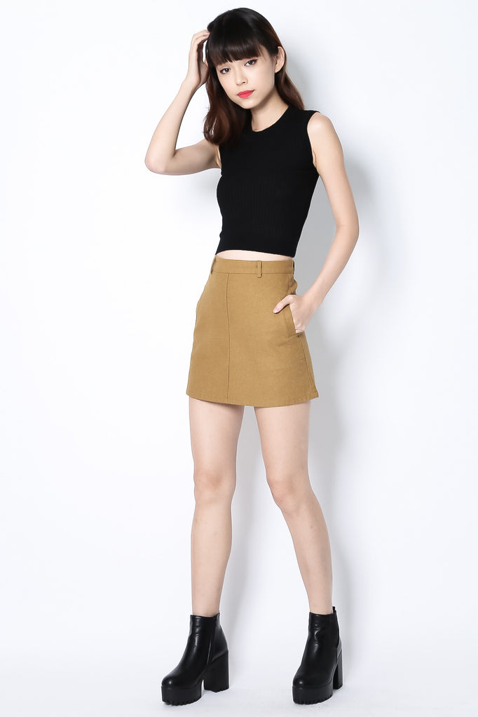 KEEP IT SIMPLE SKIRT IN CAMEL - TOPAZETTE