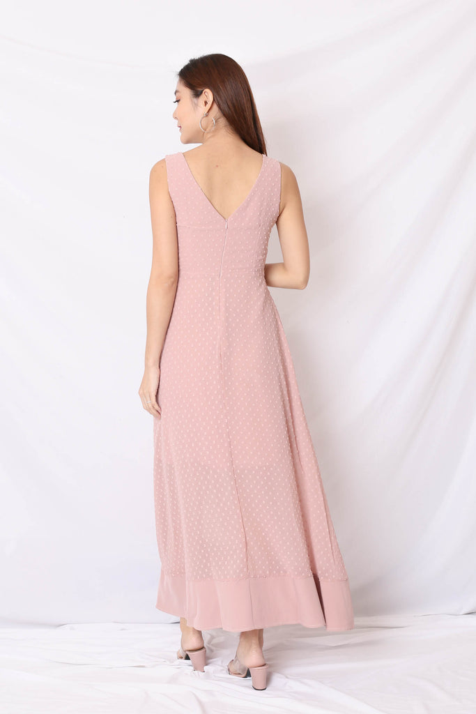 *TPZ* (PREMIUM) JAYN SWISS DOT MAXI IN DUSTY PINK
