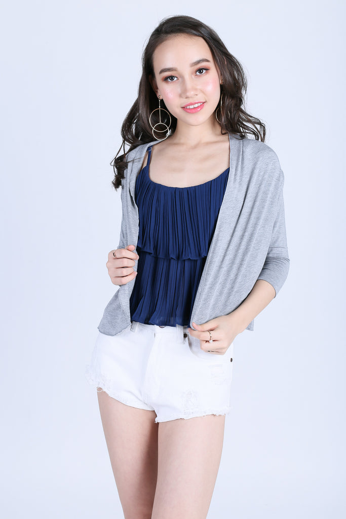 BASIC CROP CARDIGAN IN LIGHT GREY - TOPAZETTE