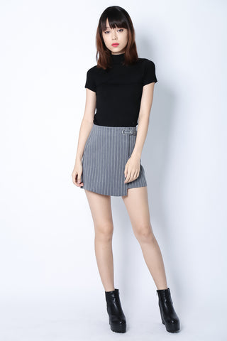 BETWEEN THE LINES SKIRT IN GREY - TOPAZETTE