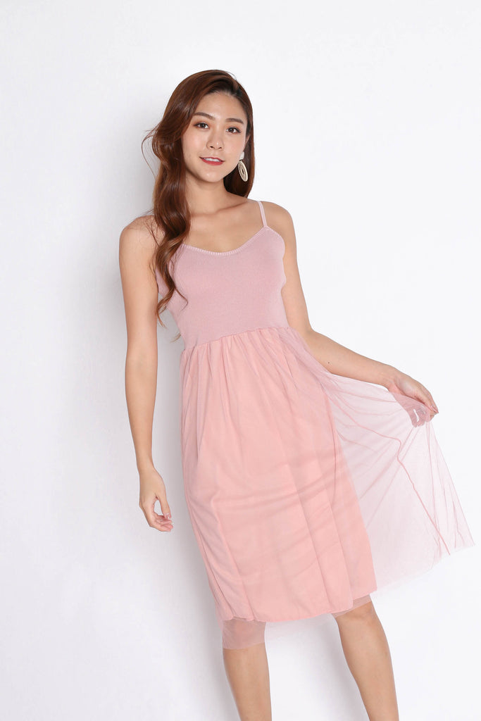 TAYVIA TULLE KNIT DRESS IN DUSTY PINK - TOPAZETTE