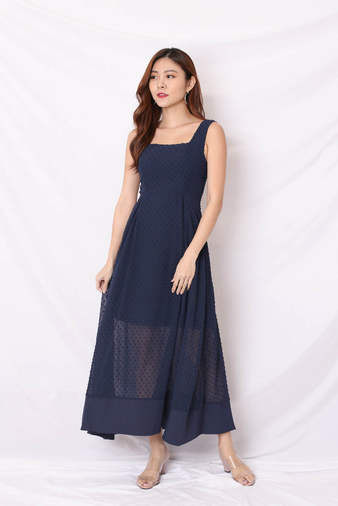 *TPZ* (PREMIUM) JAYN SWISS DOT MAXI IN NAVY