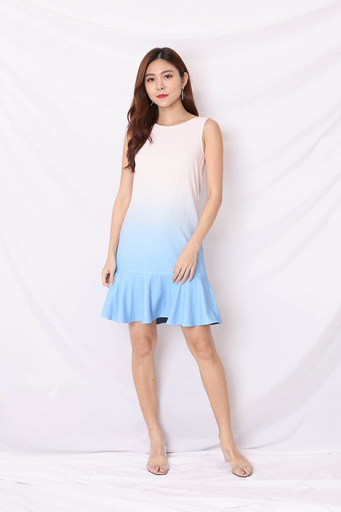 *TPZ* (PREMIUM) ALTHEA OMBRE REVERSIBLE DRESS (BABY PINK/ BLUE)