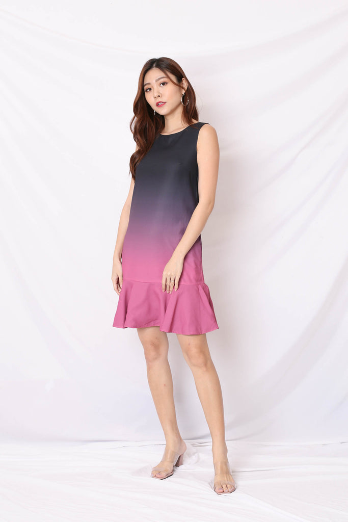 *TPZ* (PREMIUM) ALTHEA OMBRE REVERSIBLE DRESS (BLACK/ MAGENTA)