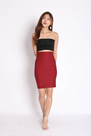 CLASSIC BODYCON SKIRT IN WINE