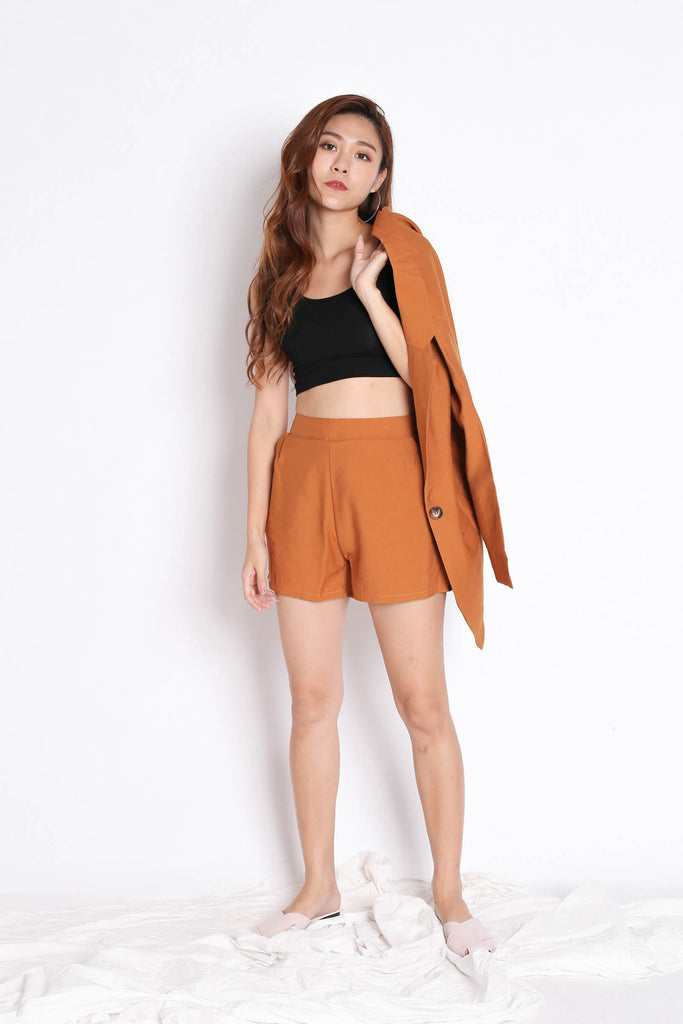 STELLIZ BLAZER AND SHORTS SET IN CAMEL - TOPAZETTE