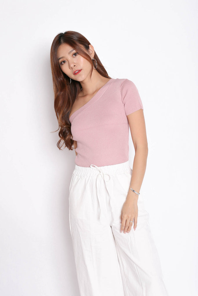 GO GIRL TOGA KNIT TOP IN DUSTY PINK - TOPAZETTE