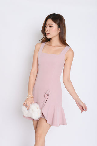 (PREMIUM) ODEL RUFFLES DRESS IN DUSTY PINK