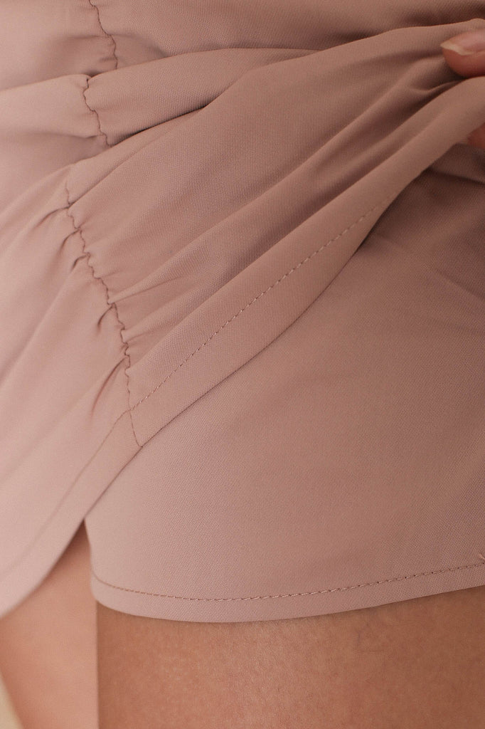 *TPZ* JADE RUCHED SKORTS IN NUDE PINK