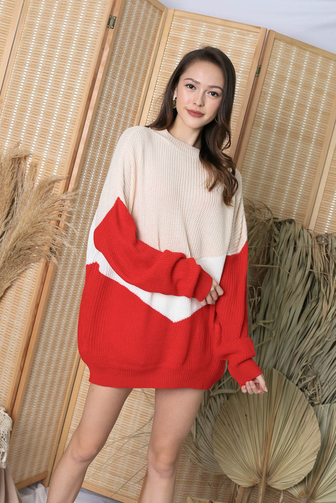 *BACKORDER* CAMMIE COLOUR BLOCK SWEATER IN XMAS RED