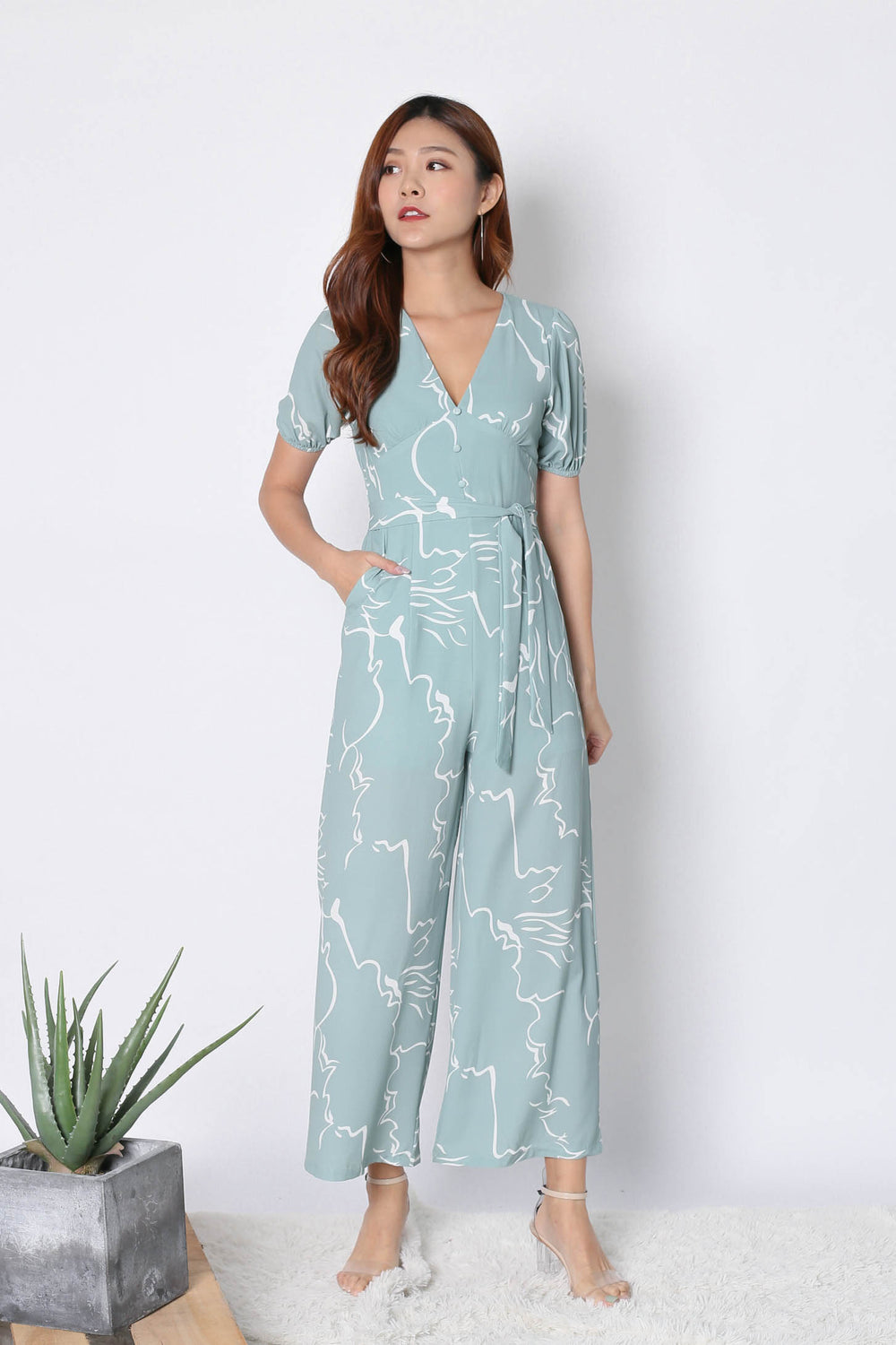*TPZ* (PREMIUM) SCRIBBLE ABSTRACT JUMPSUIT IN SAGE GREEN