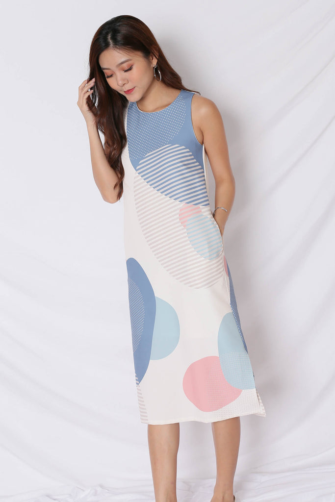 (PREMIUM) THE GEOMETRIC COLLECTION MIDI SHIFT DRESS (VERSION 2) PINK/ BLUE - TOPAZETTE