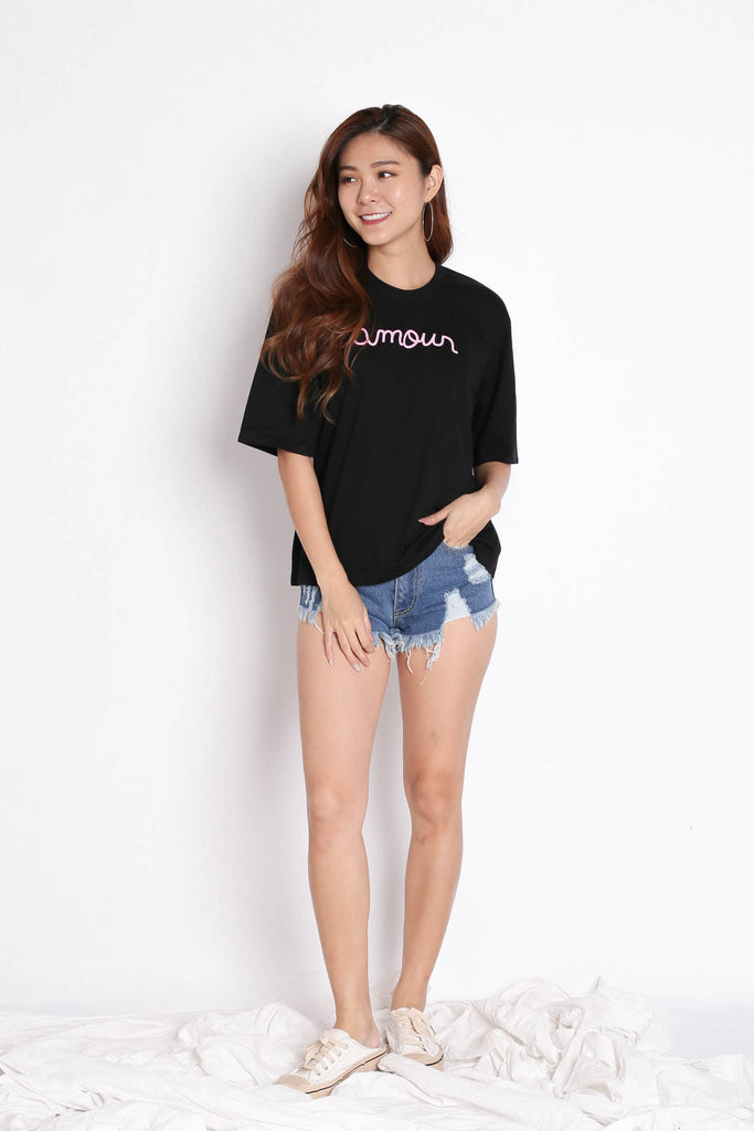 L'AMOUR TEE IN BLACK - TOPAZETTE