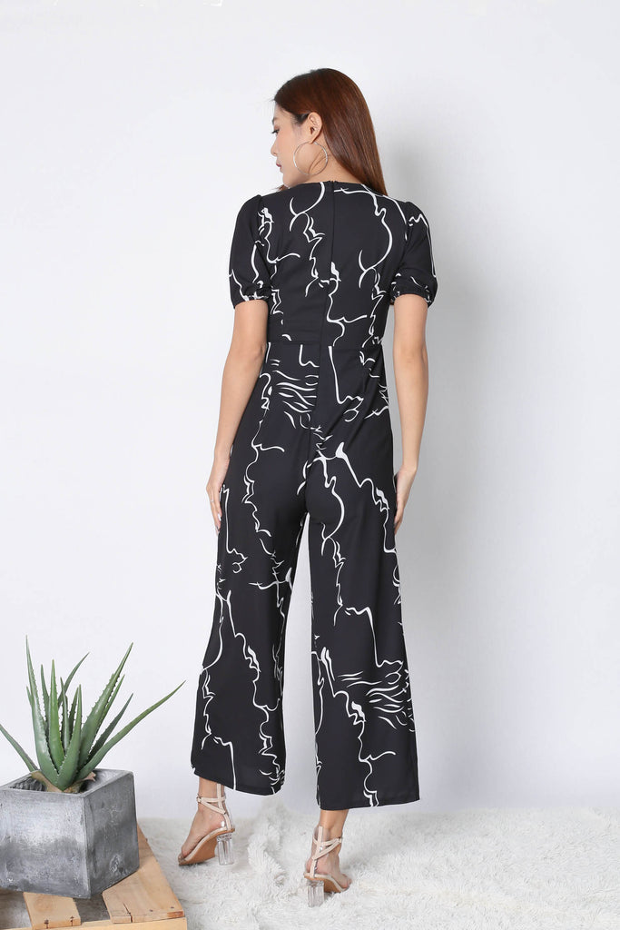 *TPZ* (PREMIUM) SCRIBBLE ABSTRACT JUMPSUIT IN BLACK - TOPAZETTE