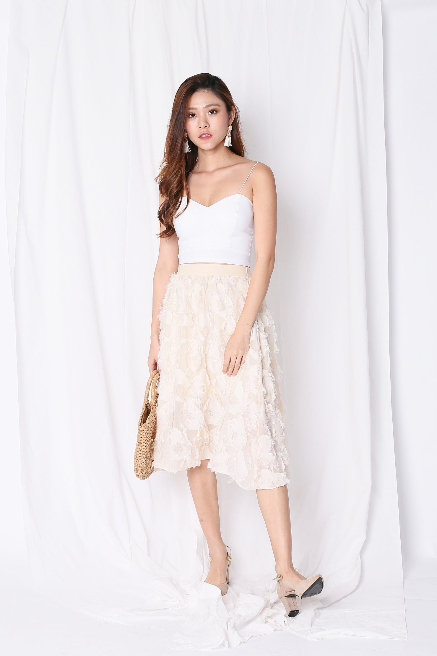 *BACKORDER* ANDRELA FEATHER SKIRT IN IVORY