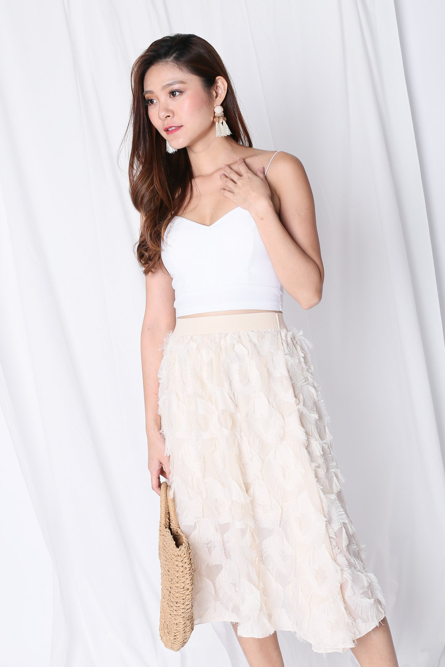 ANDRELA FEATHER SKIRT IN IVORY