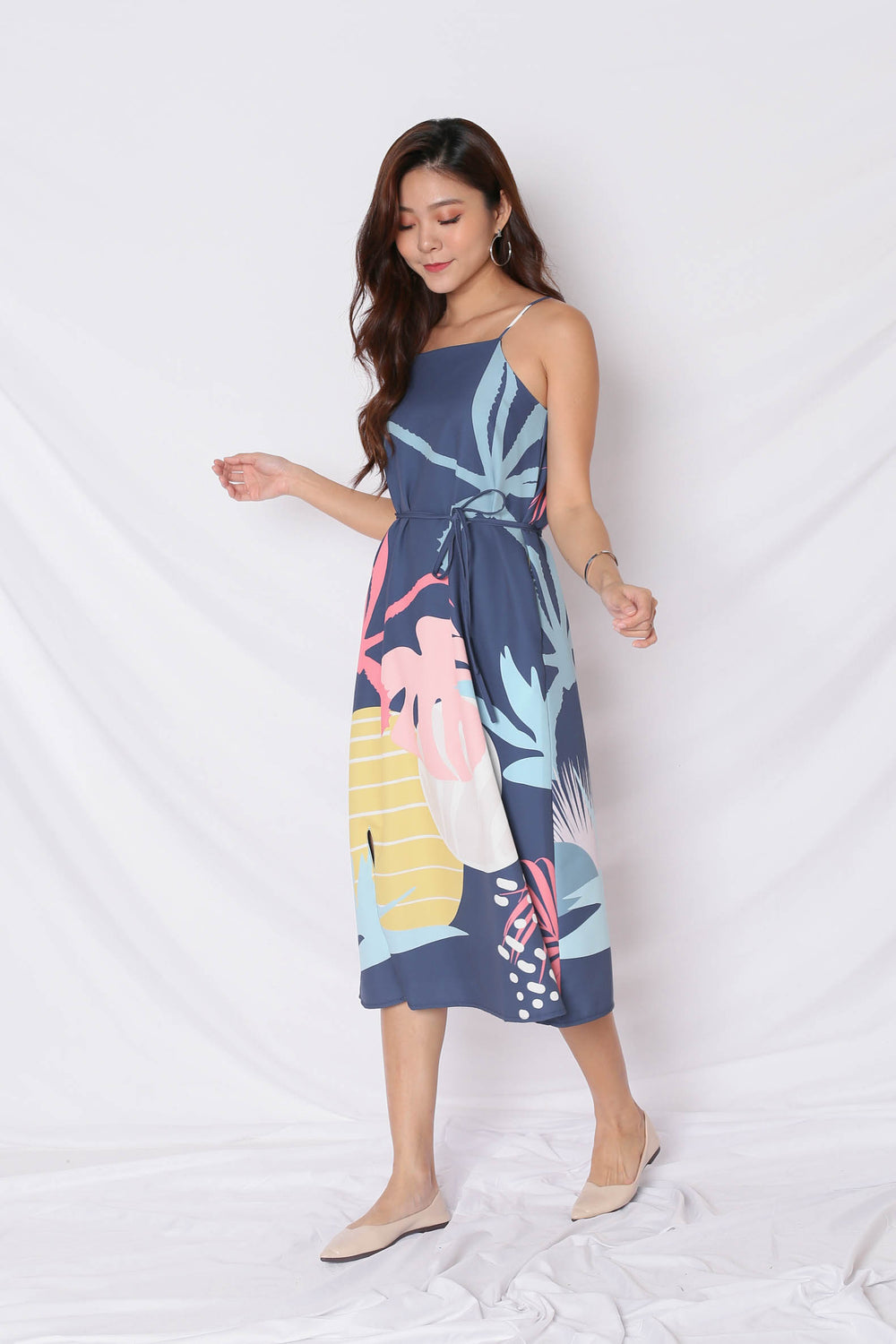 (PREMIUM) ALOHA SHIFT DRESS WITH SLIT IN NAVY - TOPAZETTE