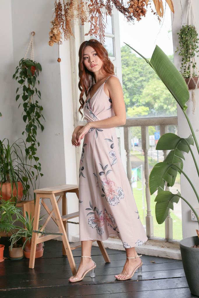 *BACKORDER* (PREMIUM) SHAYNA MAXI IN DUSTY PINK FLORALS - TOPAZETTE