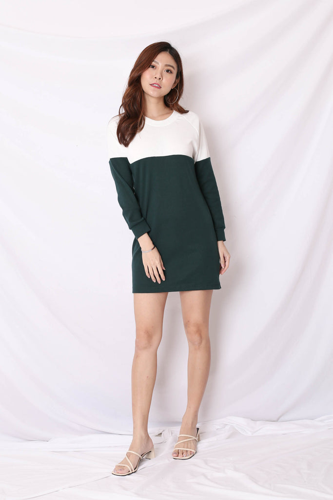 PASTEL COLOURBLOCK SWEATER DRESS (WHITE/ FOREST)