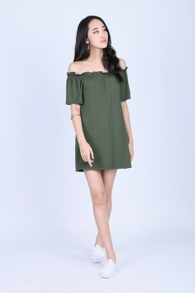 SCRUNCH OFF SHOULDER DRESS IN OLIVE - TOPAZETTE