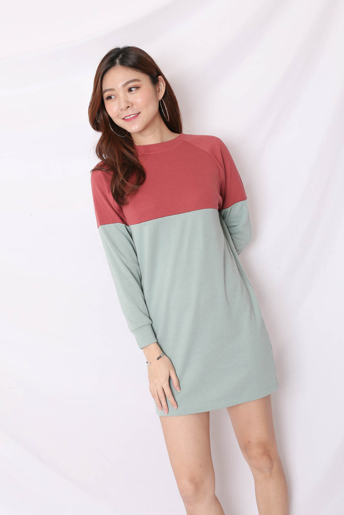 PASTEL COLOURBLOCK SWEATER DRESS (BERRY/ MINT)