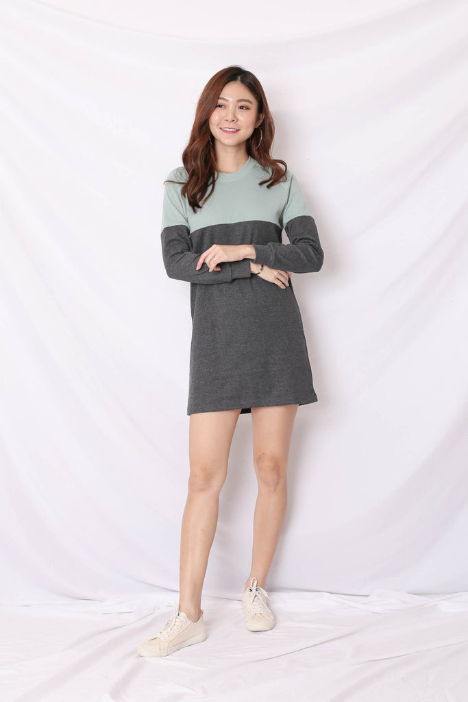 *BACKORDER* PASTEL COLOURBLOCK SWEATER DRESS (MINT/ DARK GREY)