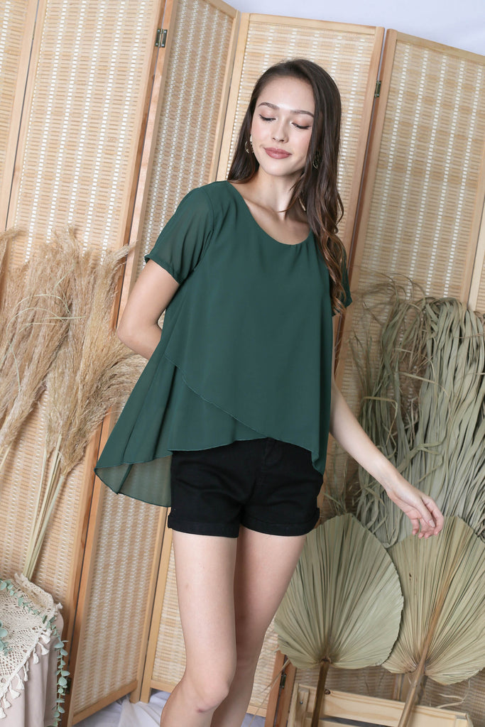 ELI ASYMMETRICAL TOP IN FOREST