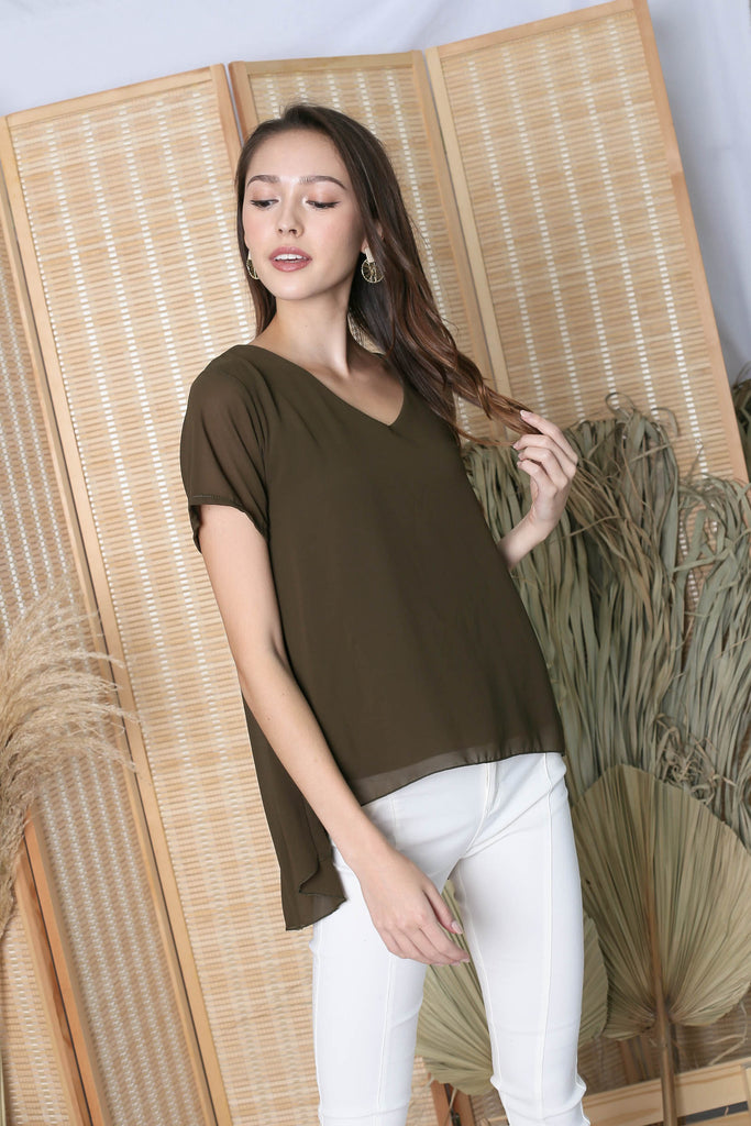 GENESIS CHIFFON TOP IN OLIVE