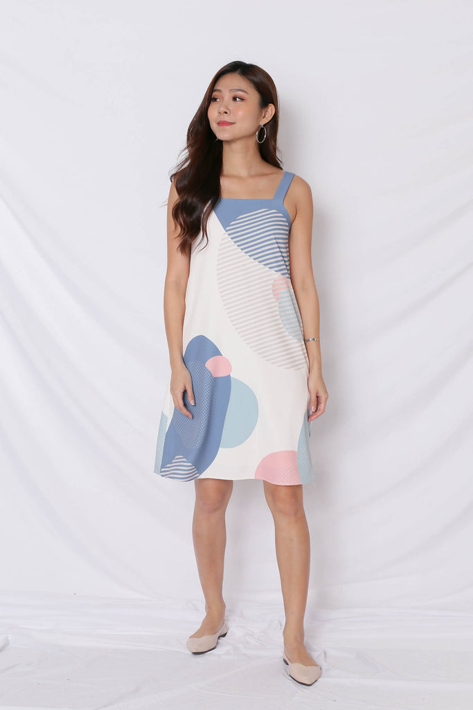 (PREMIUM) THE GEOMETRIC COLLECTION 2 WAY TRAPEZE DRESS (VERSION 2) PINK/ BLUE - TOPAZETTE