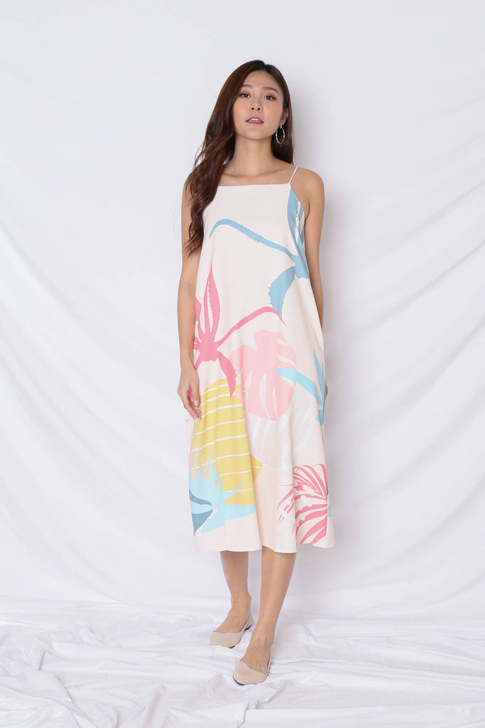 (PREMIUM) ALOHA SHIFT DRESS WITH SLIT IN CREAM - TOPAZETTE