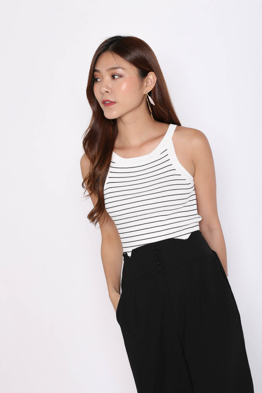 BASIC RIBBED STRIPES KNIT TOP IN WHITE