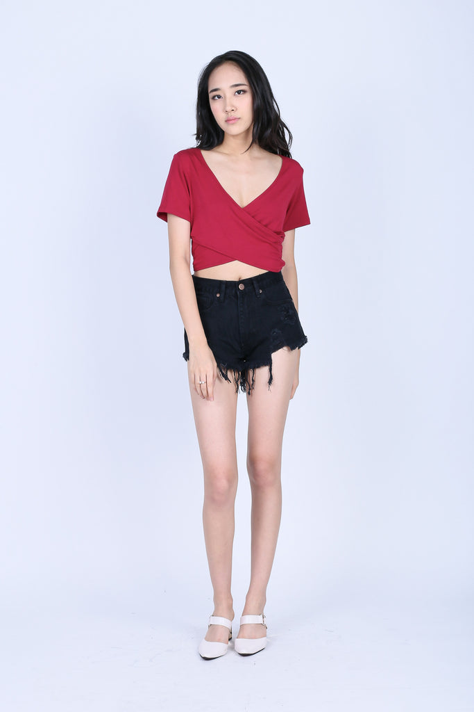 *RESTOCKED* QUINN CROSS WRAP CROP TOP IN WINE - TOPAZETTE