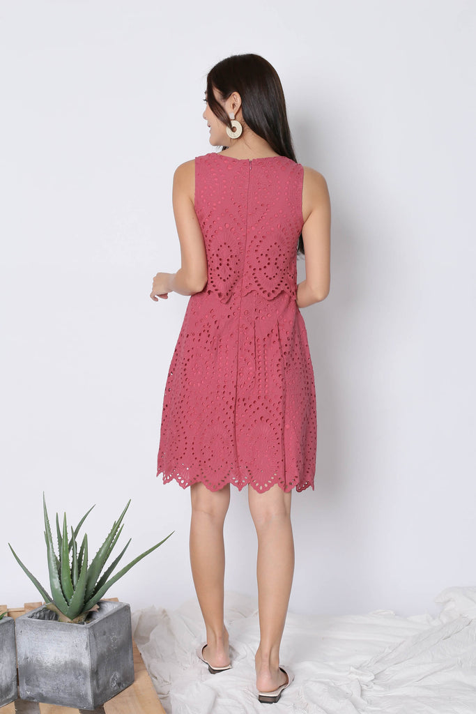 *TPZ* (PREMIUM) FXELA EYELET TIER DRESS IN RASPBERRY - TOPAZETTE