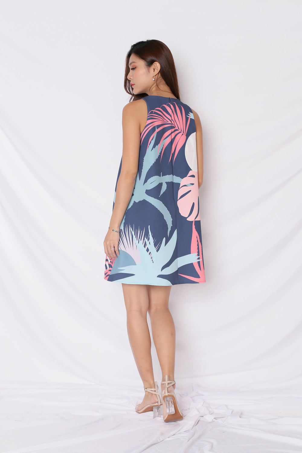 (PREMIUM) ALOHA TRAPEZE DRESS IN NAVY