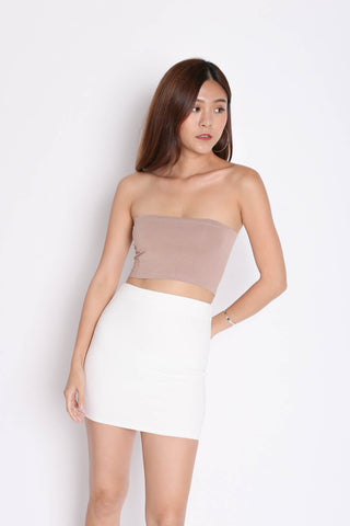 CLASSIC MINI BODYCON SKIRT IN WHITE