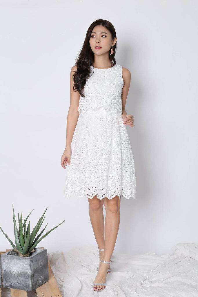 *TPZ* (PREMIUM) FXELA EYELET TIER DRESS IN WHITE - TOPAZETTE