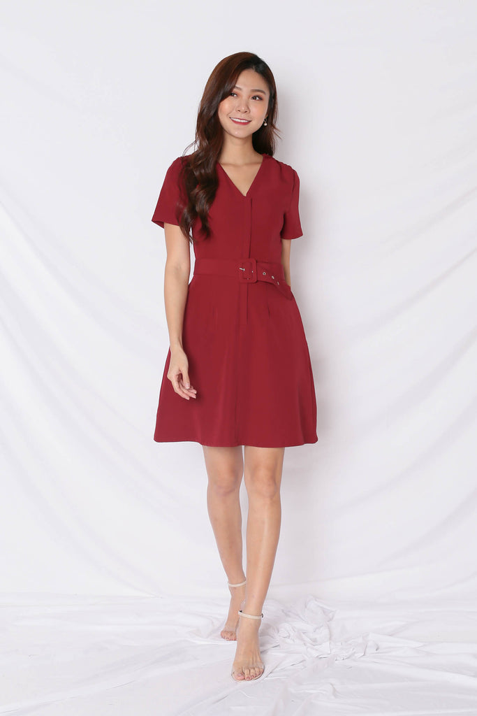 *TPZ* (PREMIUM) KELLYN FRONT ZIPPER SKATER DRESS IN BURGUNDY