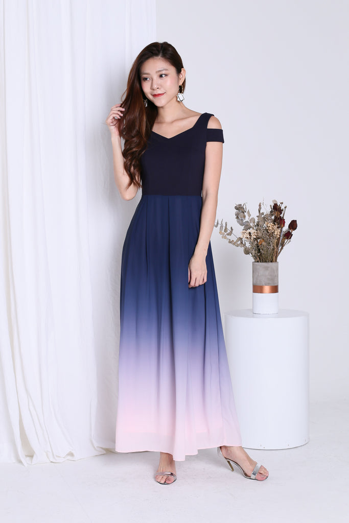 *PREMIUM* AFTER MIDNIGHT OMBRE MAXI (NAVY/PINK)