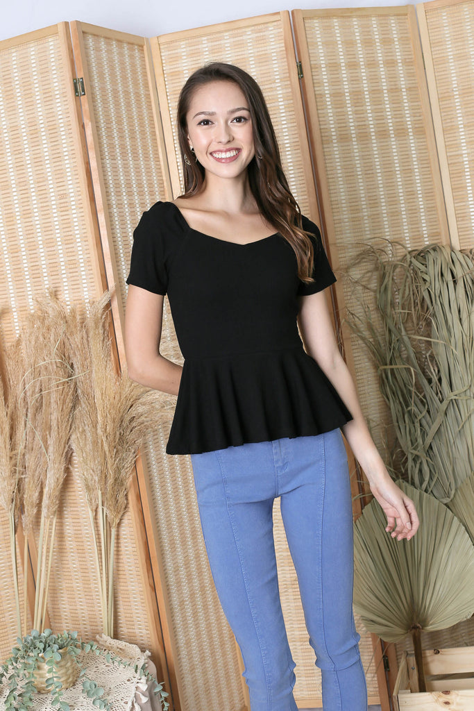 *TPZ* (PREMIUM) XOLA PEPLUM RIBBED TOP IN BLACK