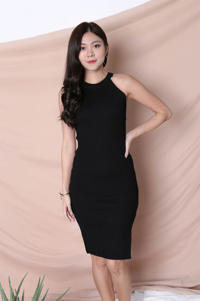 YEIRA HALTER KNIT SLIT DRESS IN BLACK