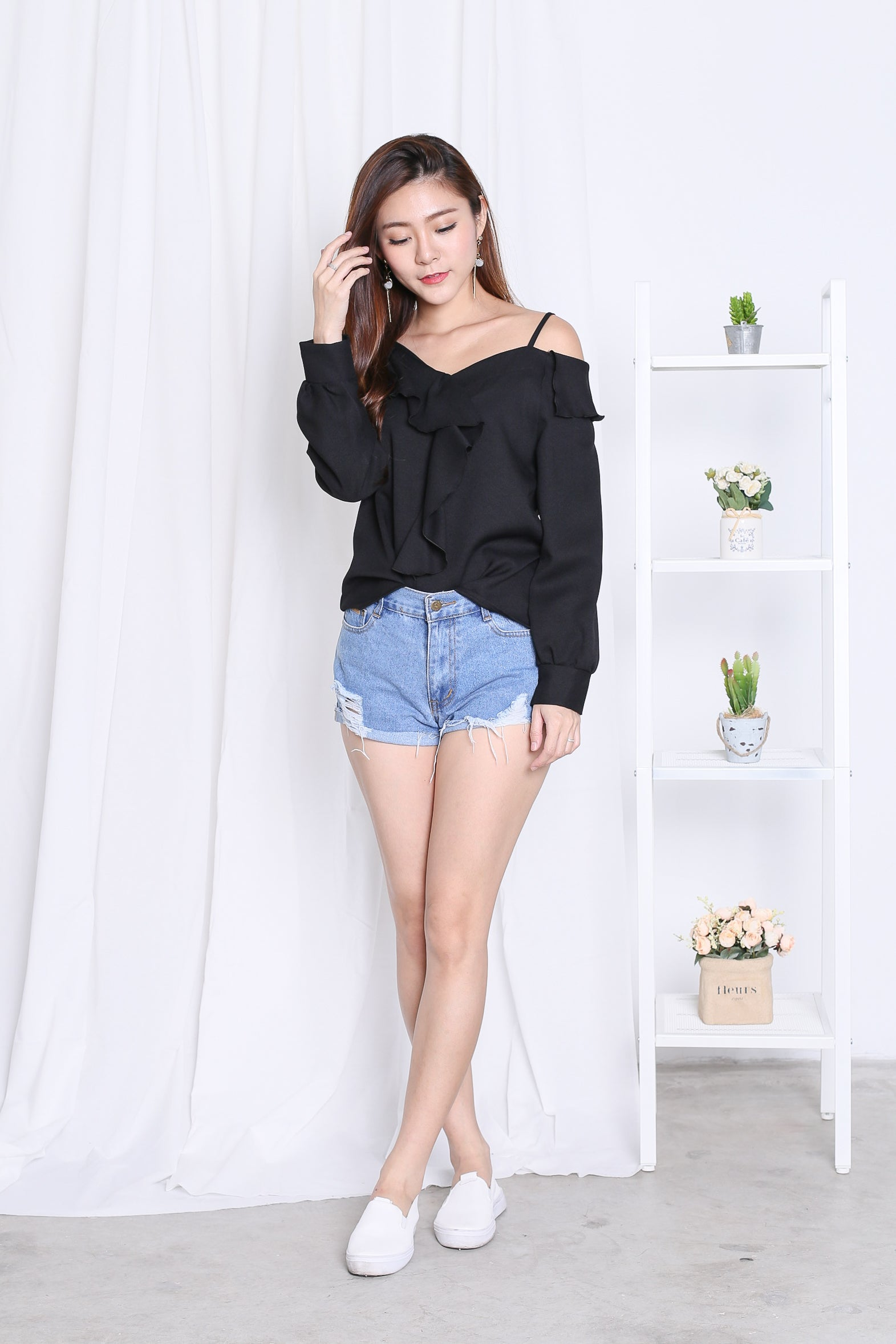 BLANCA TOP IN BLACK