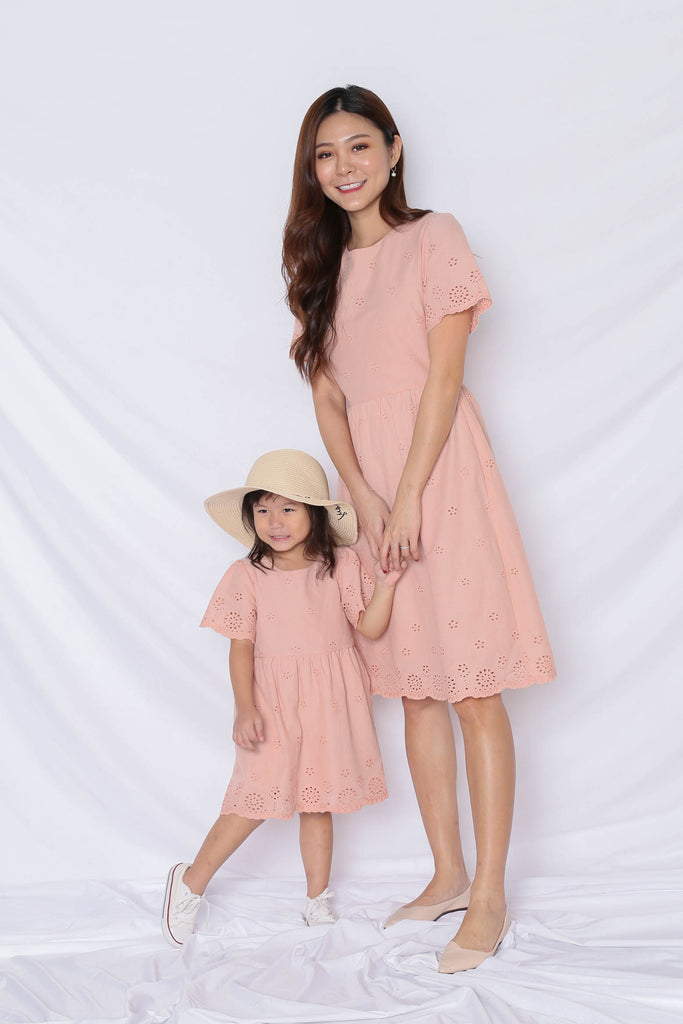 *LITTLE TOPAZETTE* HALLY EYELET DRESS IN NUDE PINK - TOPAZETTE