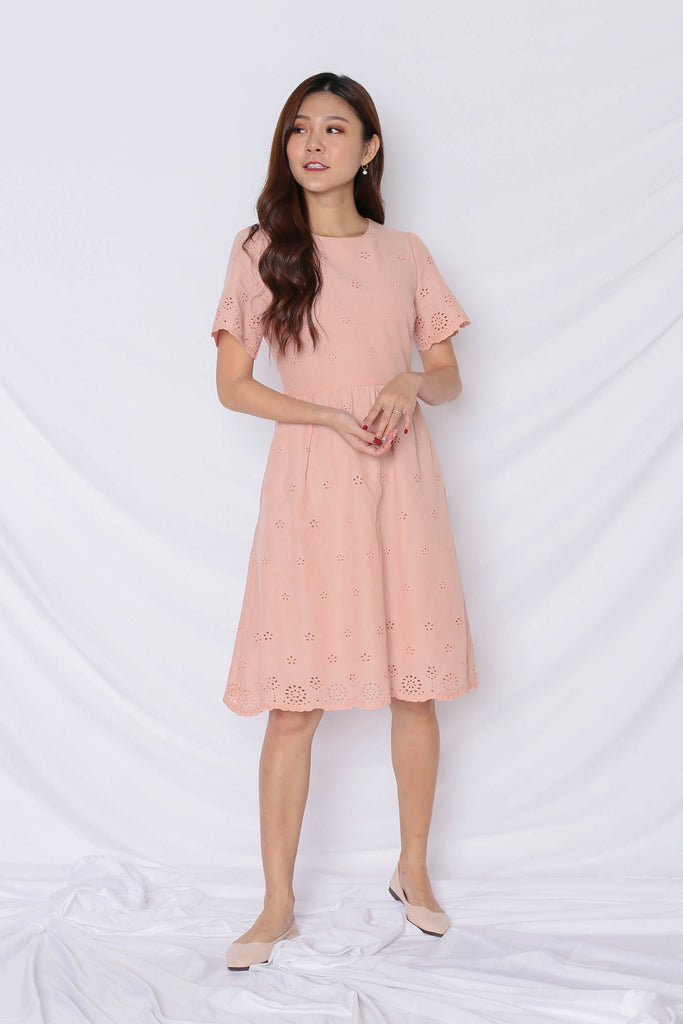 (PREMIUM) HALLY EYELET DRESS IN NUDE PINK - TOPAZETTE