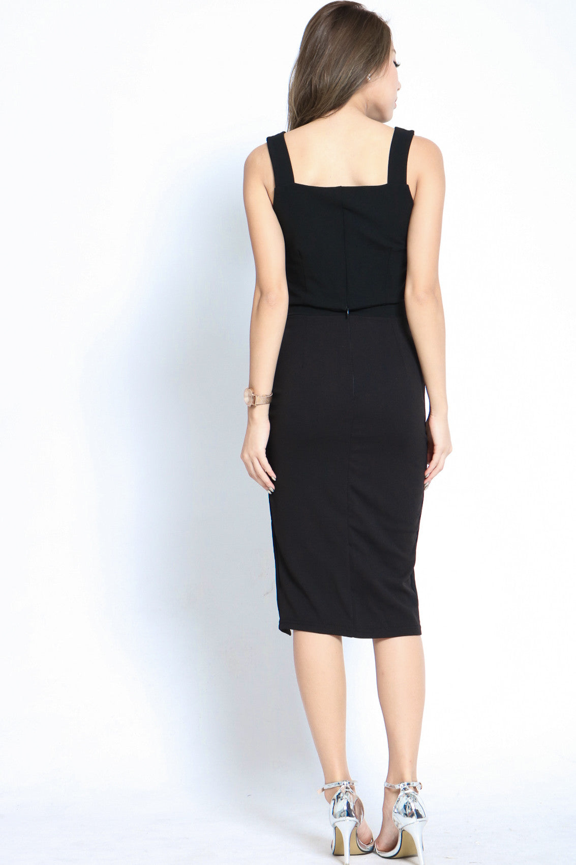 (RESTOCKED) ALLURE SLIT MIDI SKIRT IN BLACK