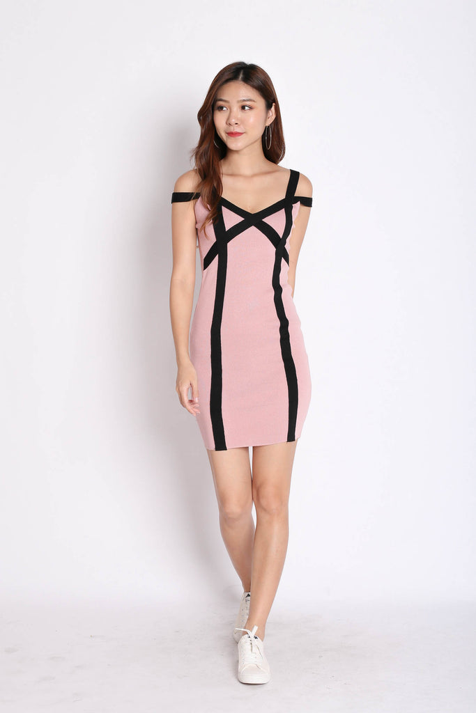 YOEL BANDAGED KNIT DRESS IN PINK - TOPAZETTE