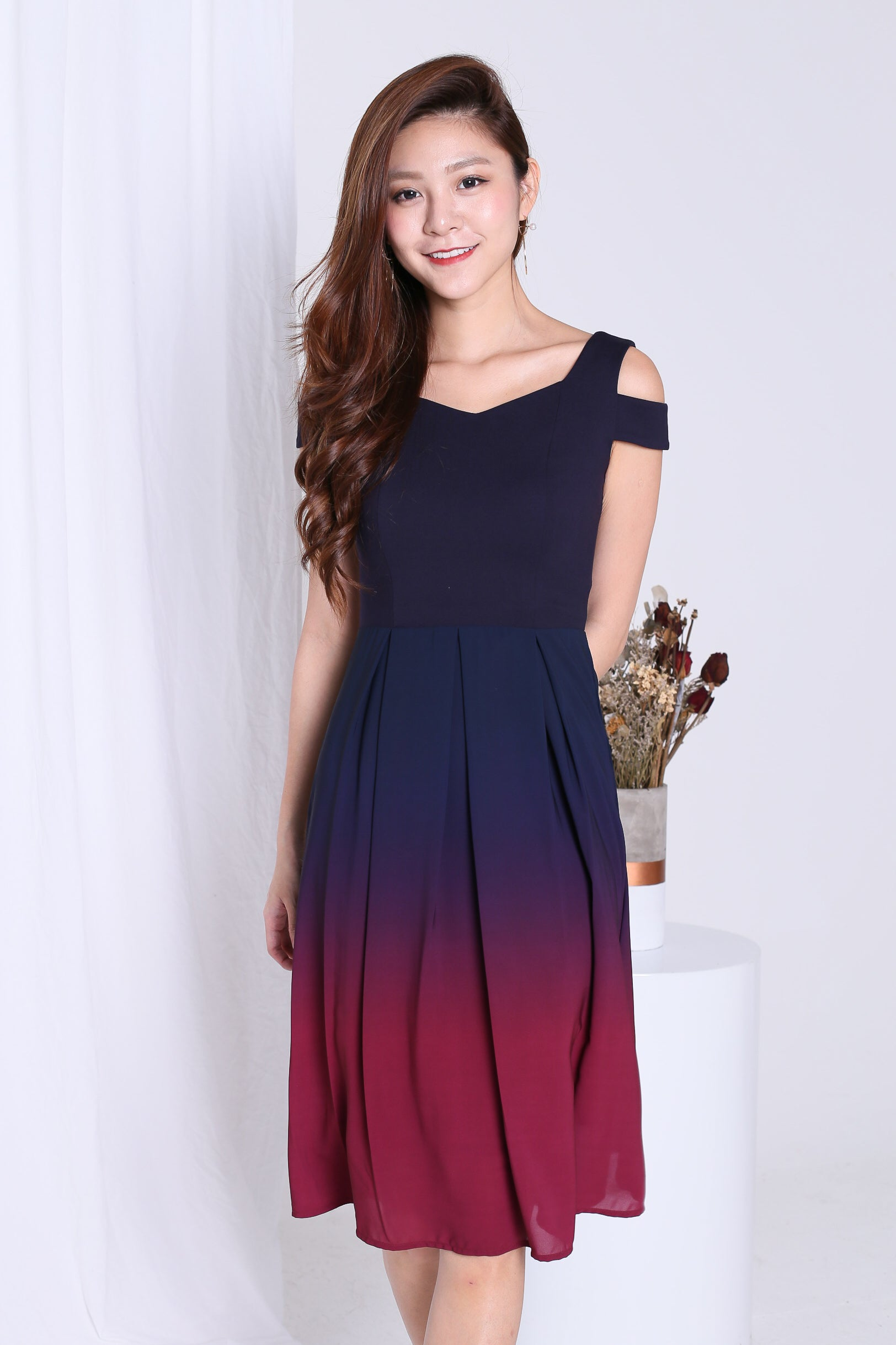 7aa635df10627d PREMIUM  ONE LAST DANCE OMBRE COLD SHOULDER DRESS (NAVY-BURGUNDY ...