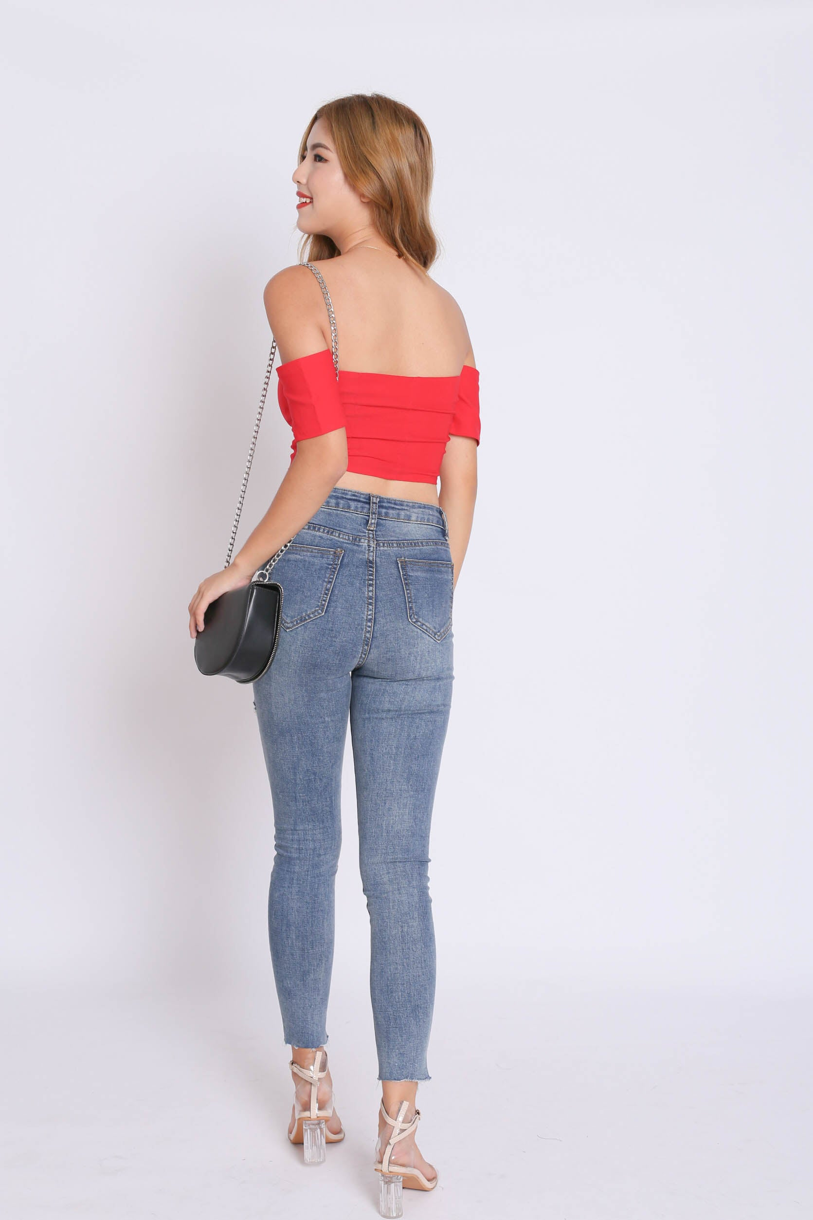 BUSTIER OFF SHOULDER CROP TOP IN RED