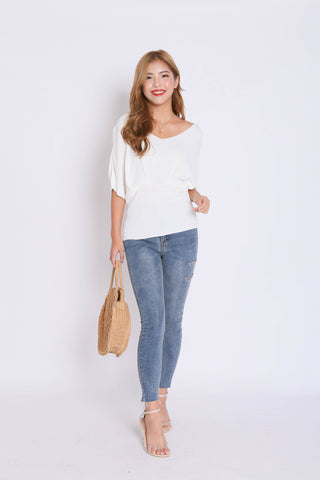BASIC LOUNGE KNIT TOP IN WHITE