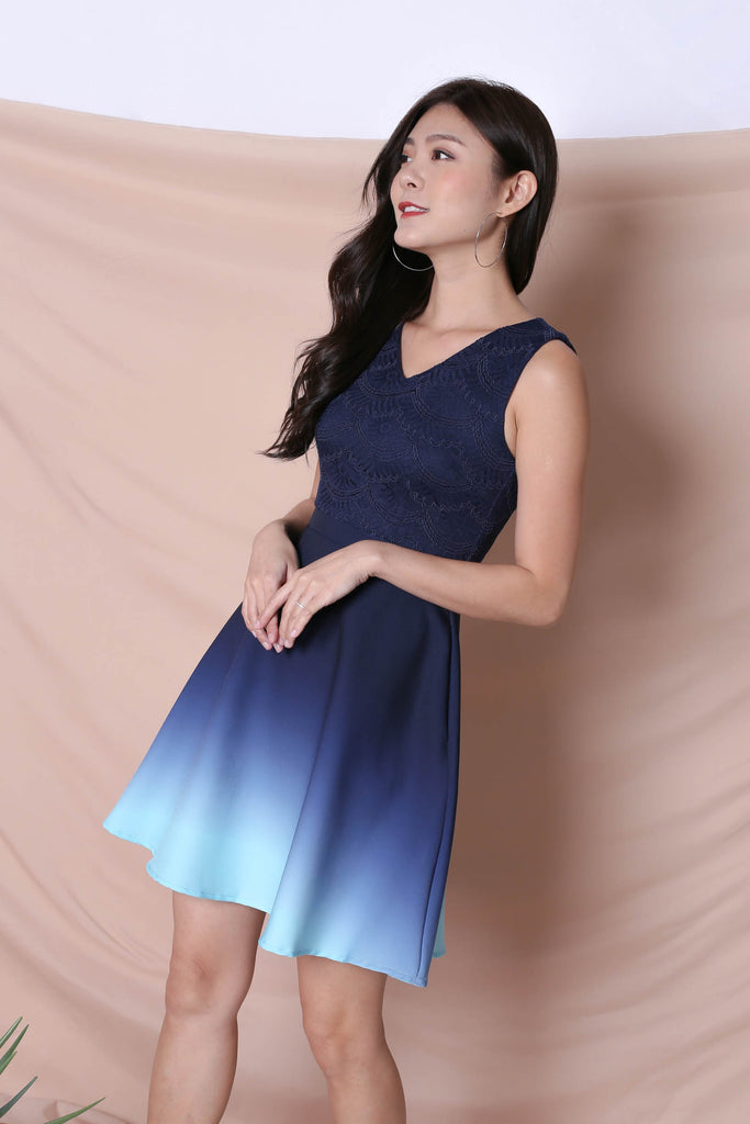 *TPZ* (PREMIUM) ATHENA LACE OMBRE SKATER DRESS (NAVY/ MINT)
